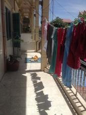 Onze waslijn en voorouderverering bij onze buren.
