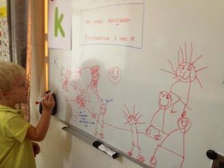 Micha tekent het verhaal van de 10 melaatsen