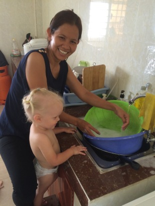 Helpen afwassen :)