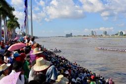 Tussen de Cambodjanen;-)